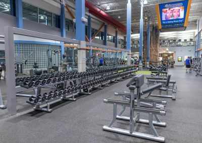 Free Weights at Workout Club in Salem