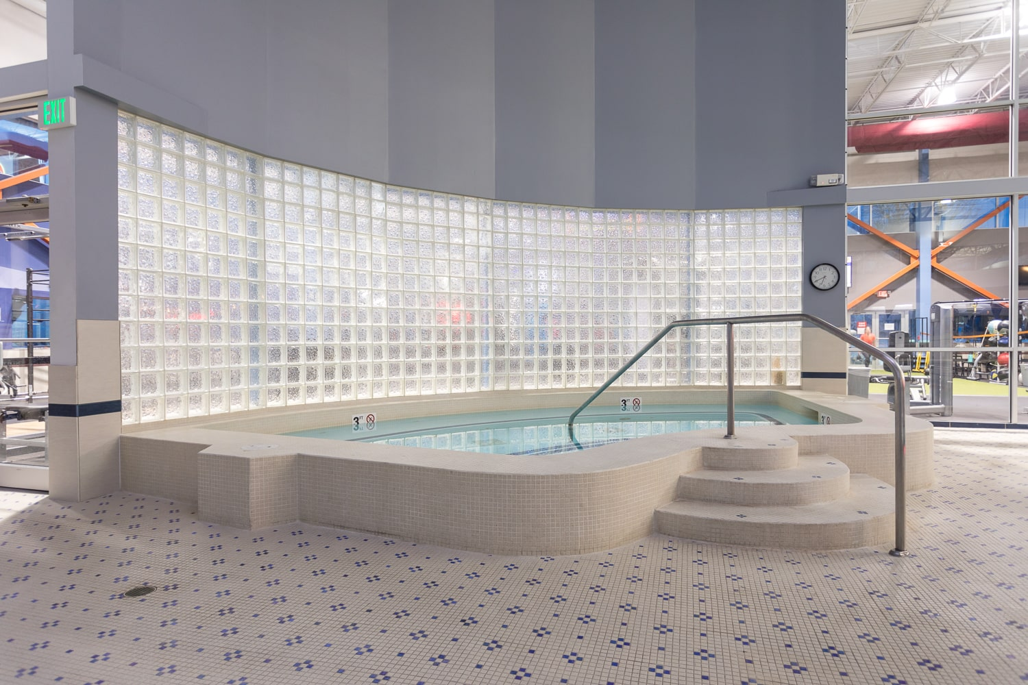 Indoor Jacuzzi at Workout Club in Salem